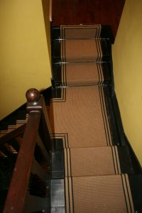 T-SHAPED STAIR RUNNERS LANDING-JUTE BOUCLE WITH STRIPE BORDER
