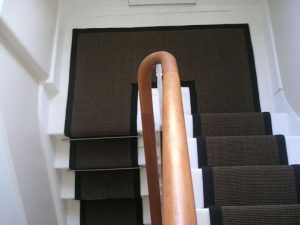 stair runner fitting in a half landing