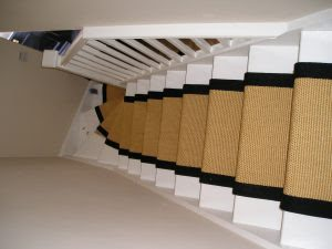 how to fit stair runners in a winding stairs